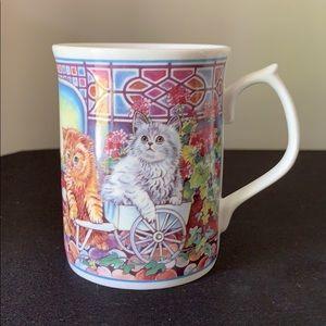 DUCHESS FINE BONE CHINA CAT MUG/ENGLAND